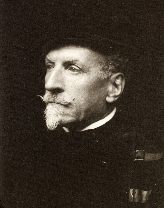 Alfred-Hutton-02-1902