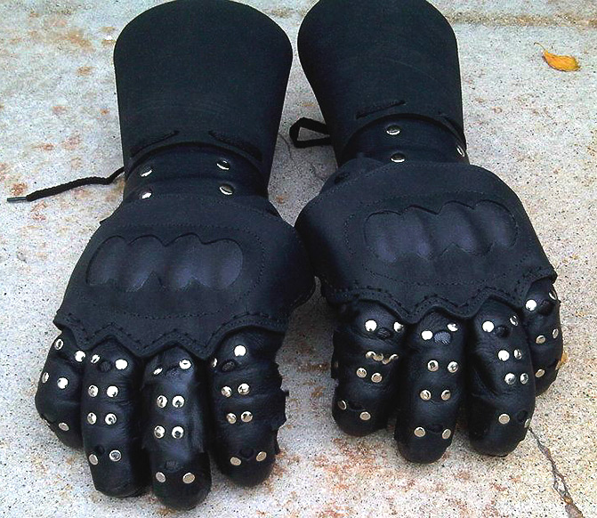 black-lance-hema-gloves-01