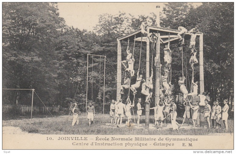 Gymnastics for civilians and military at the school of French Joinville-le-Pont, ca 1905