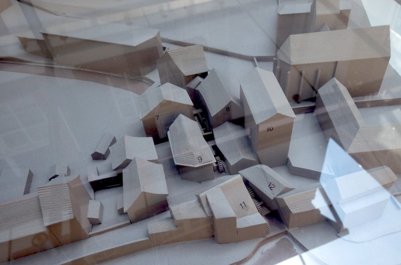 Basel-water-wheels-model-02